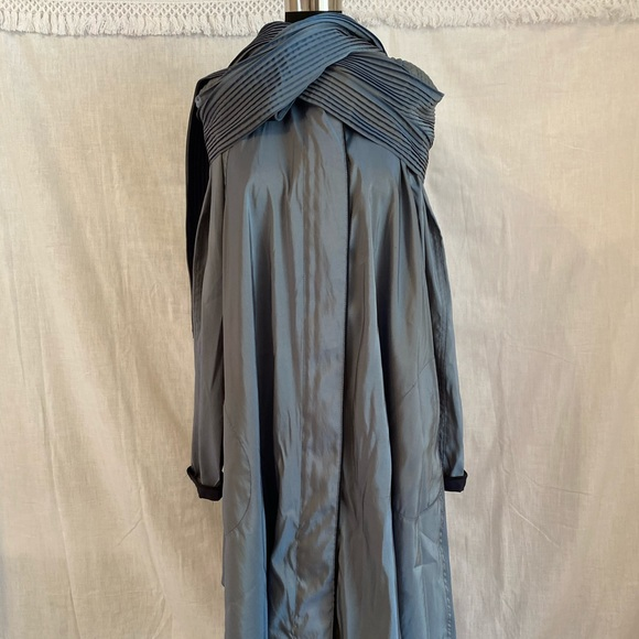 MYCRA PAC NOW reversible jacket w pleated scarf 1